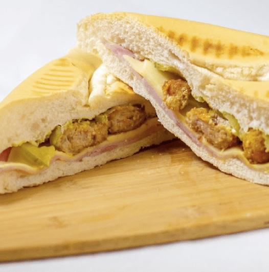 Karla - Croquette Sandwich