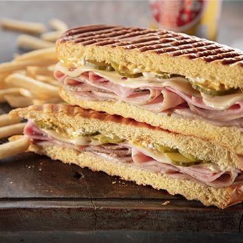 Midnight Sandwich (Media Noche)