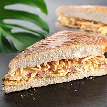 Omelette Sandwich (Sándwich De Tortilla)