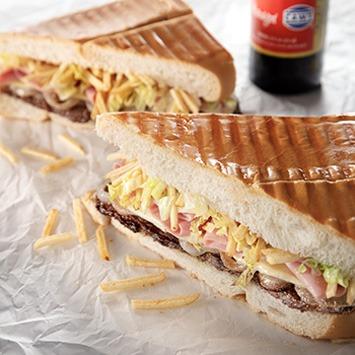 Steak Sandwich (Pan Con Bistec)